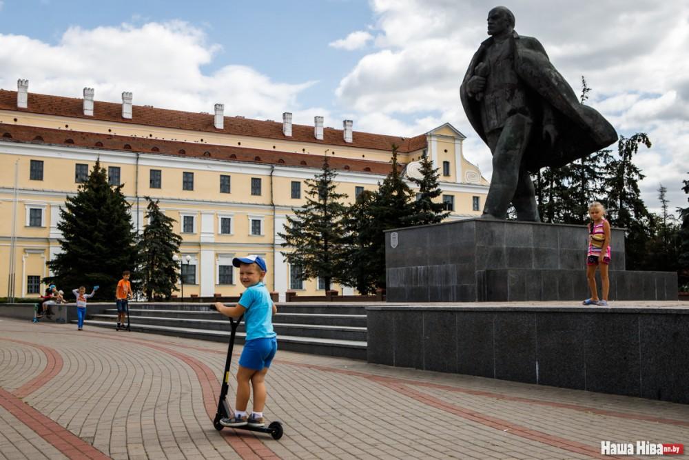 Памятнік Леніна ў г Пінску
