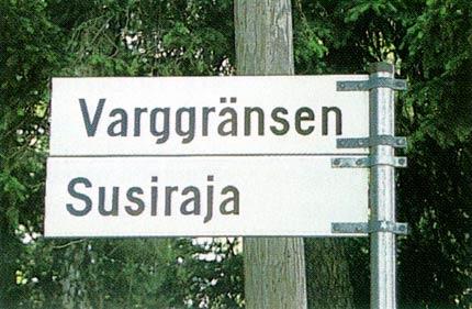 Все указатели и вывески в Финляндии делают на шведском и финском языках. Фото: helsinki.fi